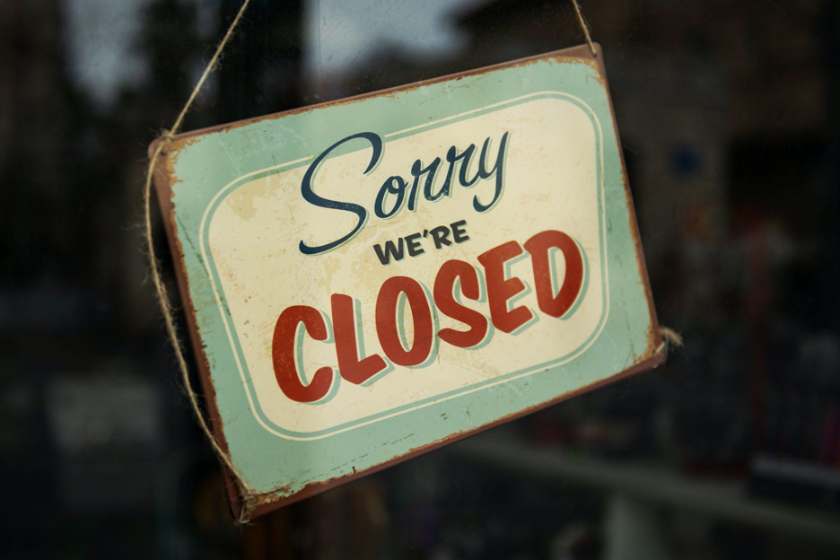 Sorry we're closed restaurant sign